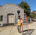 Click image for larger version.  Name:schafphoto how not to move a tripod.jpg Views:100 Size:158.0 KB ID:178802