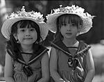 Click image for larger version.  Name:Girls with hats.jpg Views:103 Size:49.0 KB ID:192852